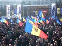"""Azi in Chisinau  romanii din Basarabia  au spus """"Vrem in UE"""""""