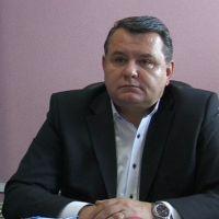 Film porno cu primarul Buzăului şi două tinere. Ménage à trois cu Constantin Boşcodeală, surprins într-o cameră de hotel, în timpul unei partide de sex | adevarul.ro
